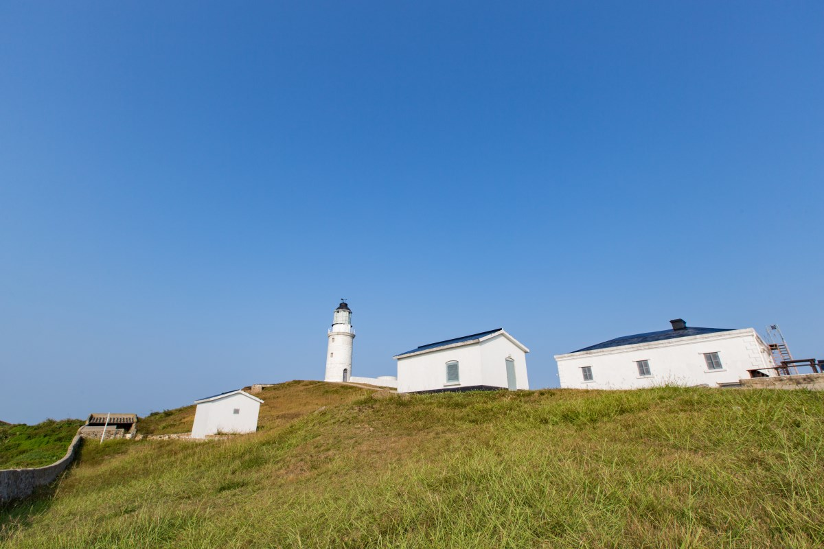Dongquan Lighthouse Photo - distant