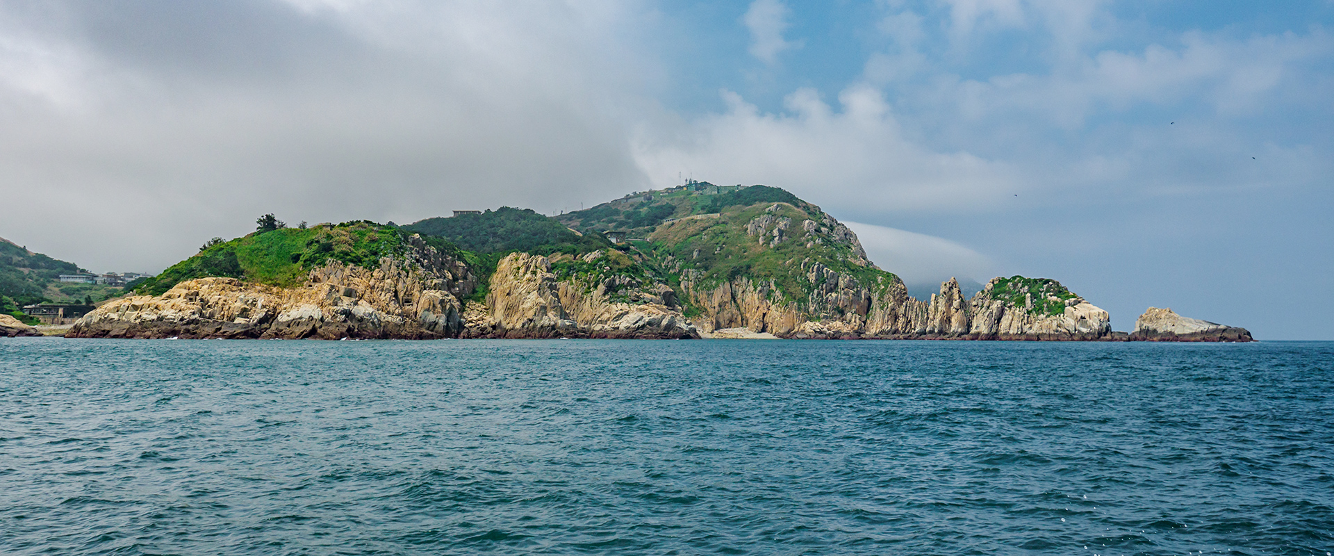 Looking at Dongyin from the sea